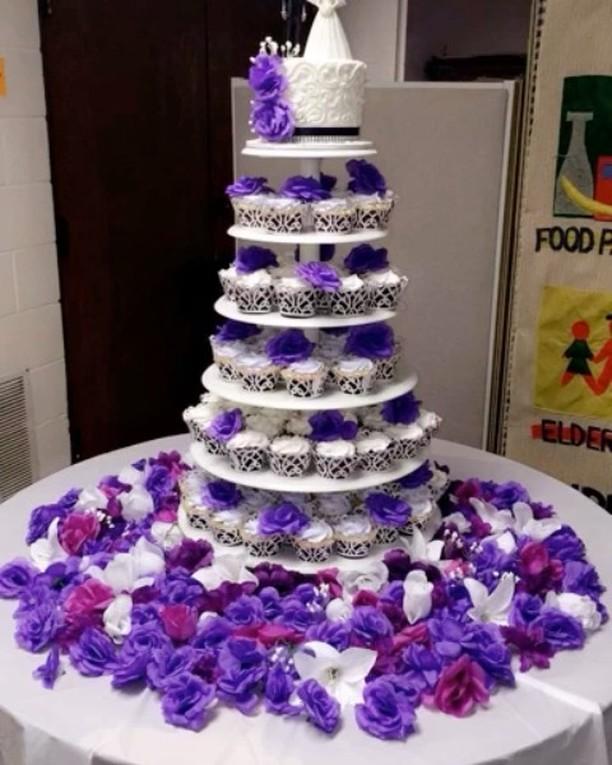 #specialtycakes #cupcaketowerweddingcake www.specialtysweetc