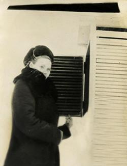 Копия М.Е. на рабочем месте село Бестях Жиганского ра-на 1955г.