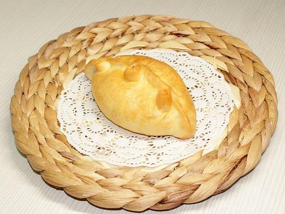 Пирожок с зеленым луком и яйцом 50 г.