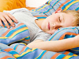 缺氧狀態影響生長激素 睡眠質素差兒童長不高