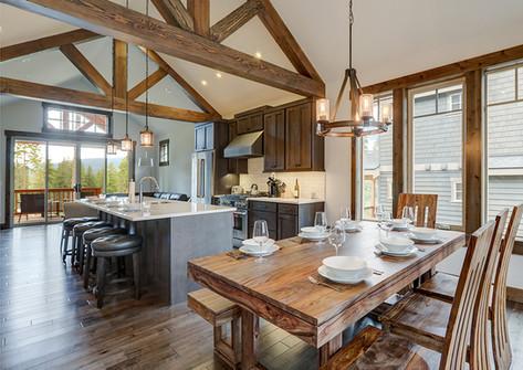 Holzbalken Küche.jpg