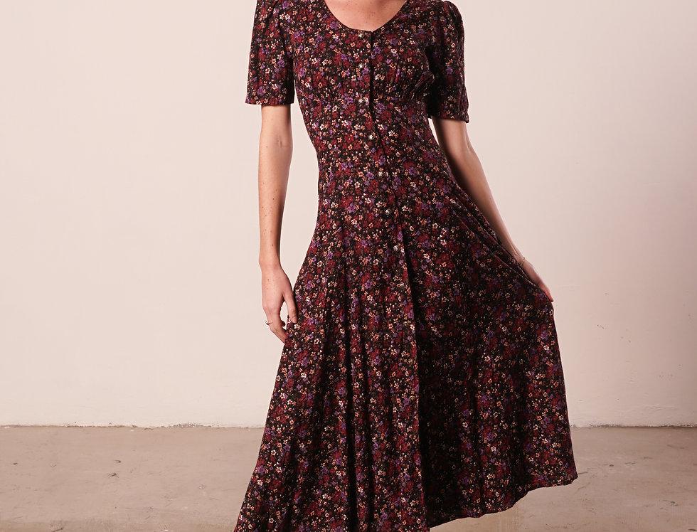 short sleeves burgundy floral dress