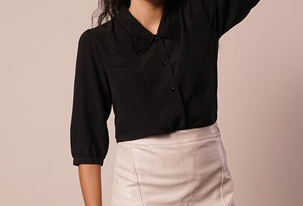Black mid sleeves shirt