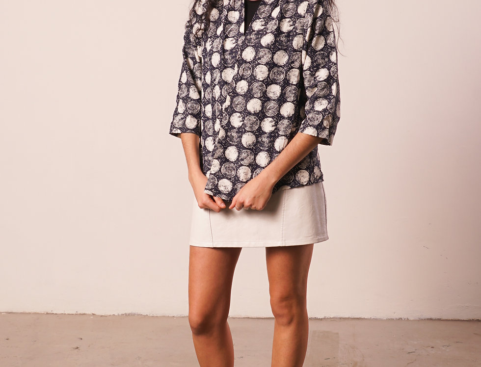 Blue and white circles kimono
