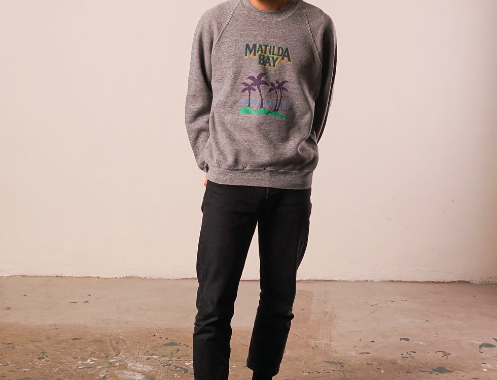 Matilda Bay sweat shirt