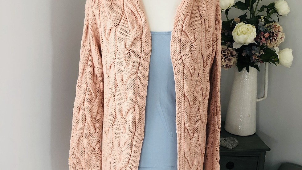 cable knit detail hooded cardigan in pink