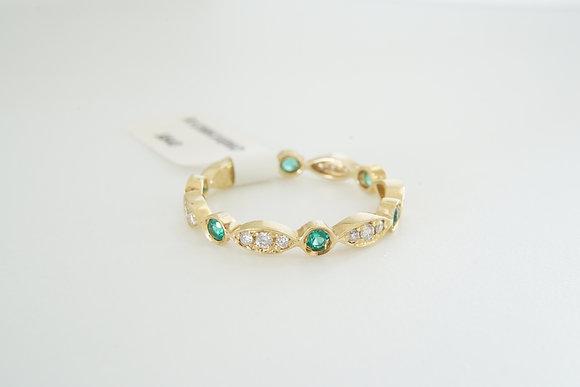 14k Diamond & Emerald Band