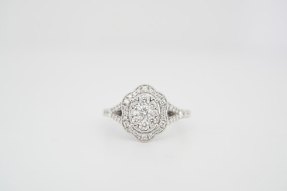 14k 1ctw Oval Scalloped Halo Diamond Ring