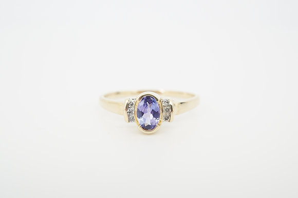 10k Tanzanite & Diamond Ring