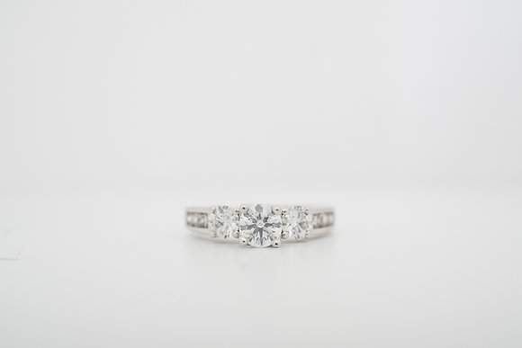 14k 1.5ctw 3-Stone Diamond Ring