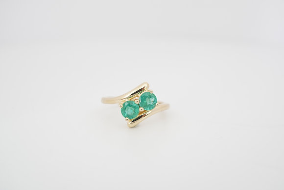 14k 7/8ctw Emerald 2-Stone Bypass Ring