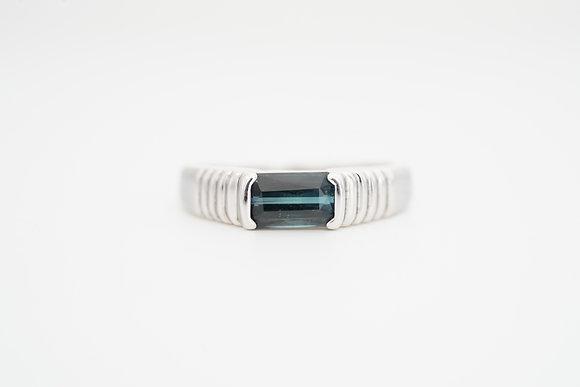 14k Ridged Bezel Indicolite Ring