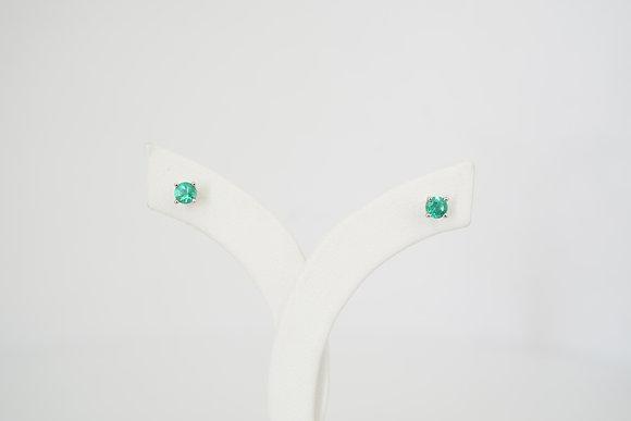 14k 3mm Round Emerald Stud Earrings