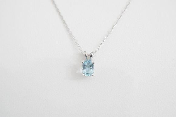 14k .62ct Aquamarine Solitaire Necklace