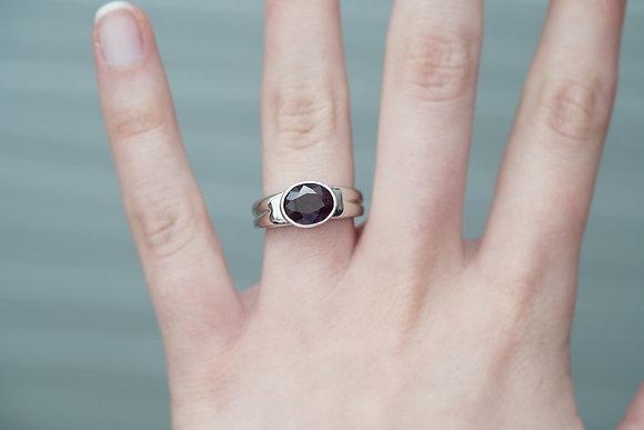 14k 3ct Dark Raspberry Spinel Ring