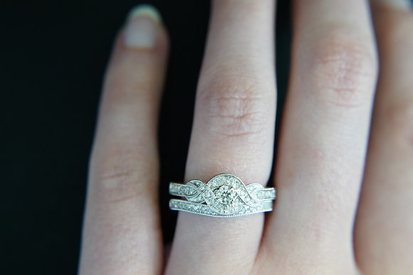 14k 1/2ctw Engraved Bypass Halo Wedding Set