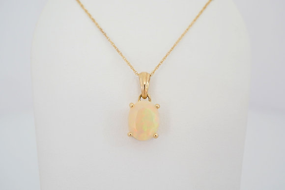10k 1.52ct Pastel Yellow Opal Necklace