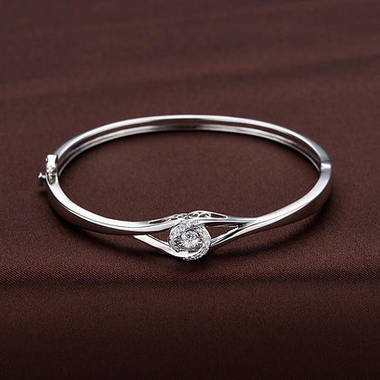 Twinkles Intertwined Love Bangle