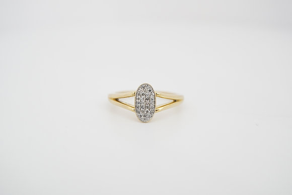 10k .13ctw Oval Cluster Ring