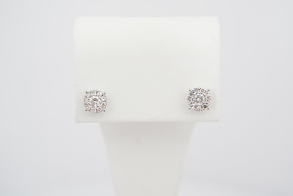 18k 1/2ctw Cluster Diamond Studs
