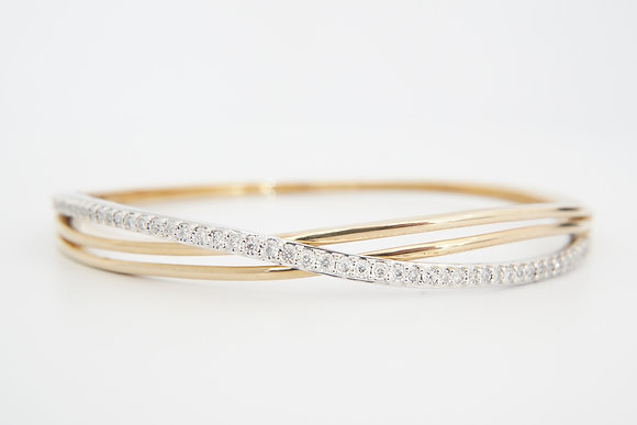 10k 1/3ctw Diamond Bangle