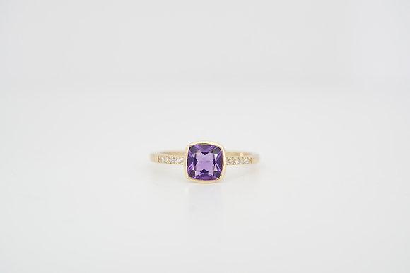 14k Amethyst & Diamond Bezel Ring