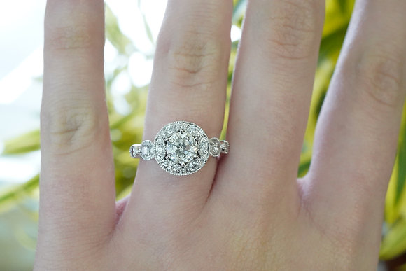 14k 1-1/5ctw Sirius Star Diamond ring
