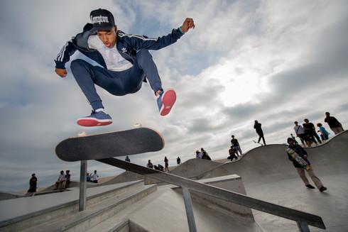 Skater: Isiah Hilt Location:Venice Skatepark