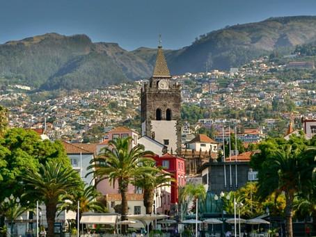 Madeira lässt Genesene und Geimpfte ohne Test einreisen