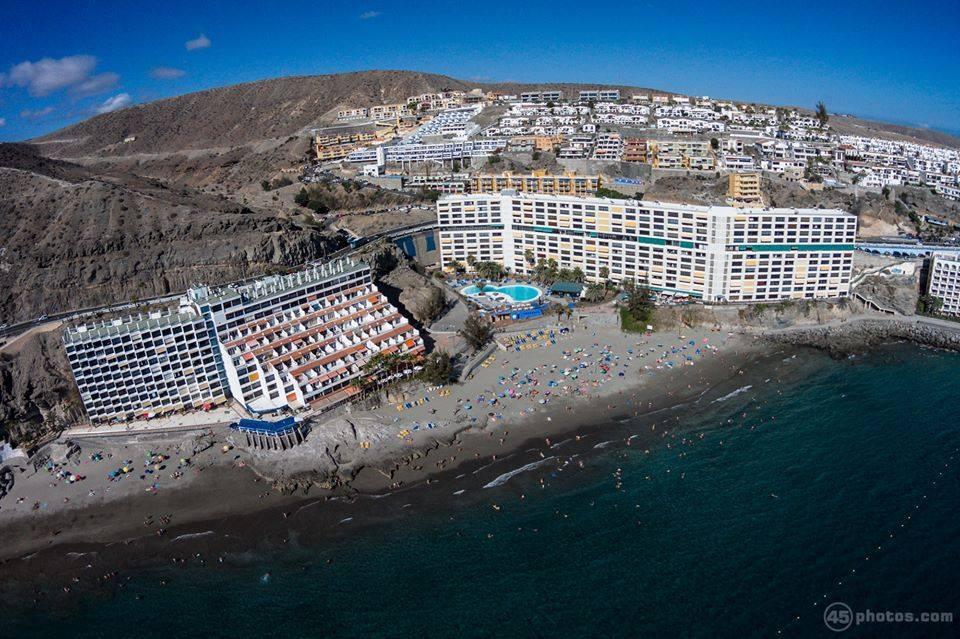 Im alten Fischerdorf Arguineguín liegt dieser Hot Spot Gran Canarias: der Playa de Patalavaca.