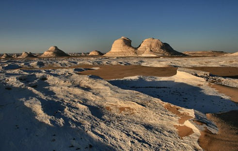 f16-a_Farafra_Camp_WD_desert.jpg