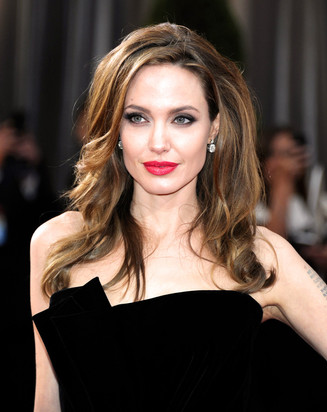 MOTHERHOOD: Mommy Muse - Angelina Jolie