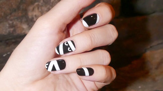 LIFESTYLE: A Spooktacular Halloween Nail Art Tutorial via Coveteur