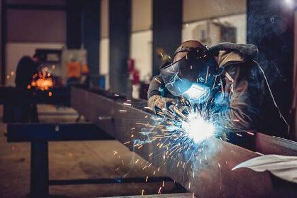 choosing-the-right-welding-helmet-155378
