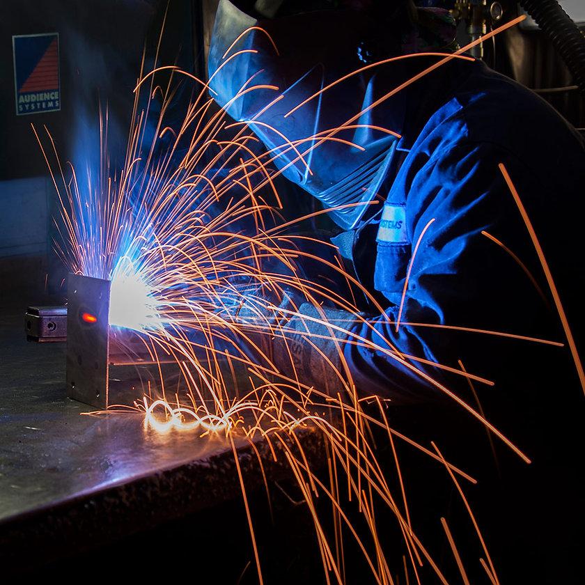 webManufacturing-industrial-arc-welding-