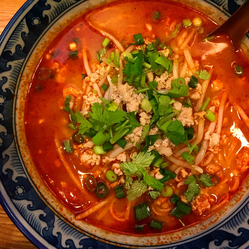 西荻窪,西荻,らーめん,タイ料理,トムヤムクン,ヌードル,辛い,アジア料理