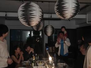 4名のメンバーのビジネス達成パーティーを開催