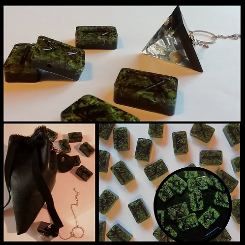 Set complet Pendule et Runes Viking végétales ( jeu de 24pcs) avec sac