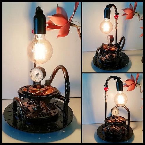 Lampe Orange Mécanique