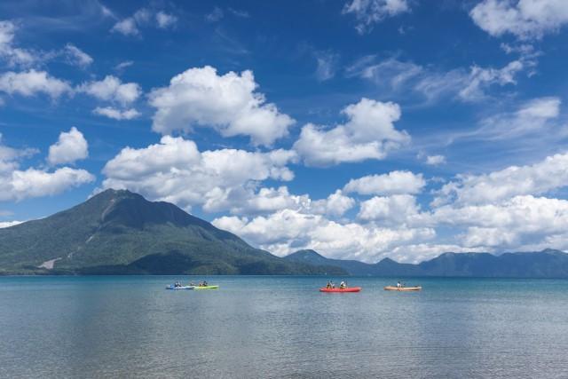 支笏湖(写真:千歳市提供)