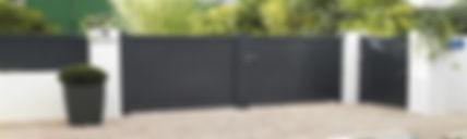 Installateur RGE de  portails et clotures sur-mesure. En rénovation et en neuf. Devis gratuit.  Région PACA: bouches du rhones 13 et le var 83.