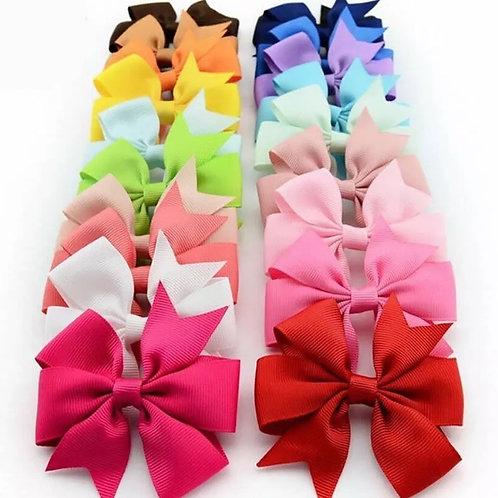 Girls Medium Ribbon Hair Clip