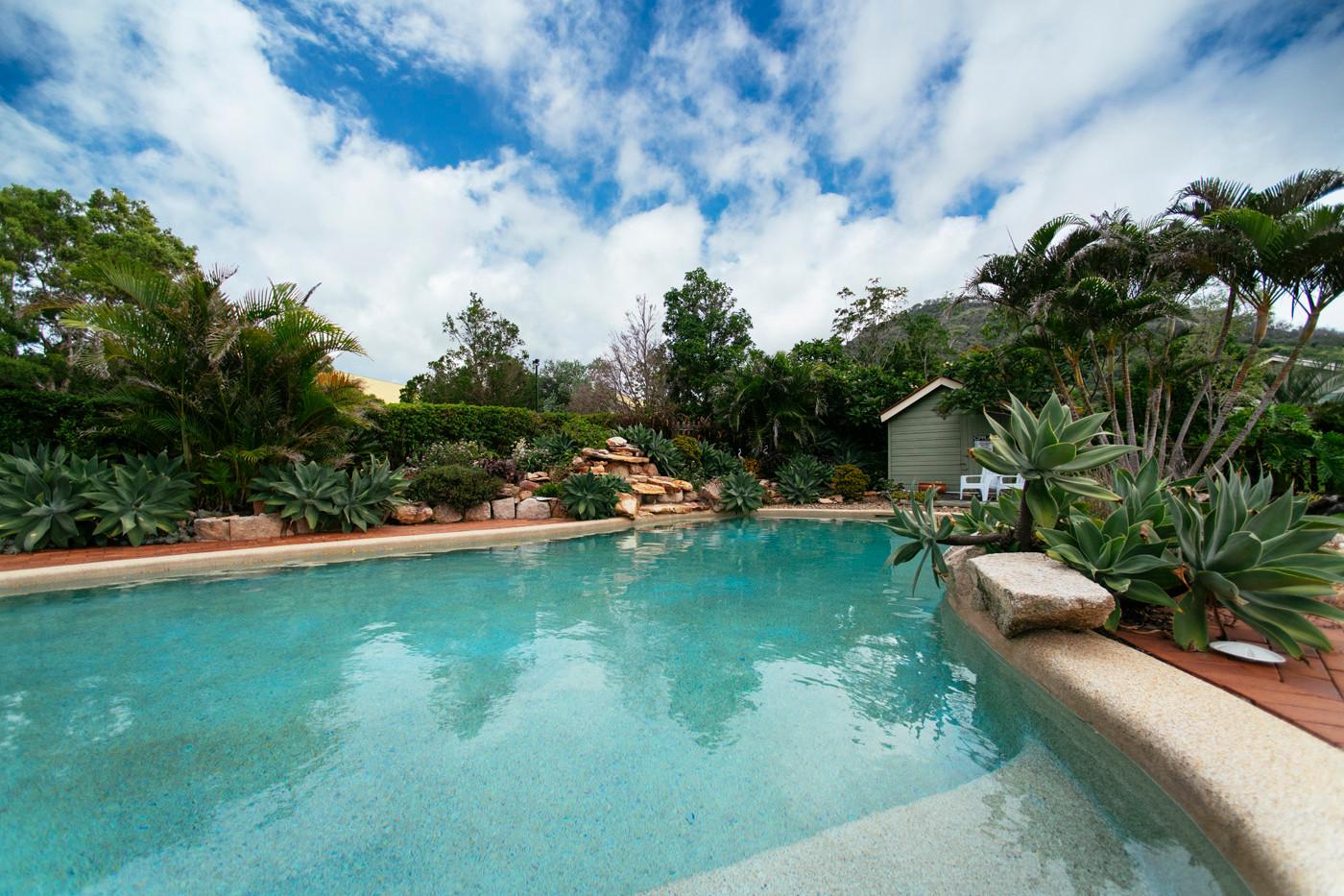 Mount Alford Lodge pool