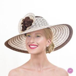 Vienna Chino hat