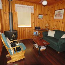 Living room in Kookaburra Cottage