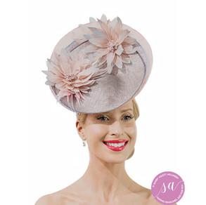 Santalina Bloom hat