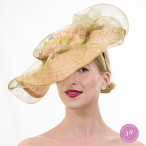 Abbey Rose hat