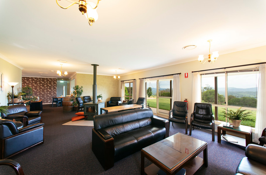 Mount Alford Lodge lounge