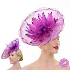 Kakadu Lily hat
