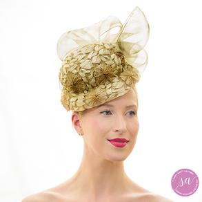 Baroque Pearl hat